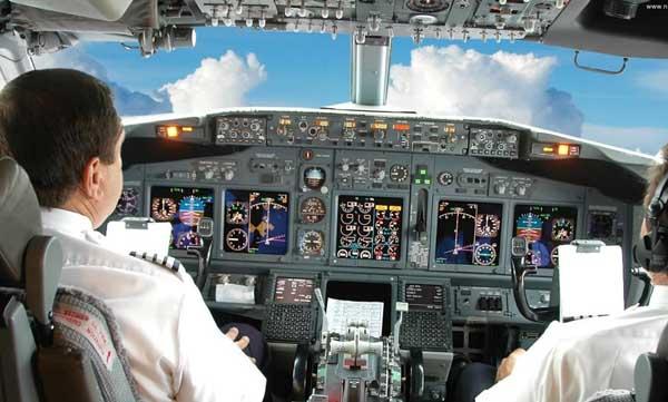 Hava-Sen: ''Uçuş ekipleri öncelikle aşılanmalı''