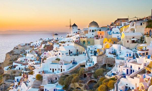 Yunanistan turizm sezonuna hazırlanıyor