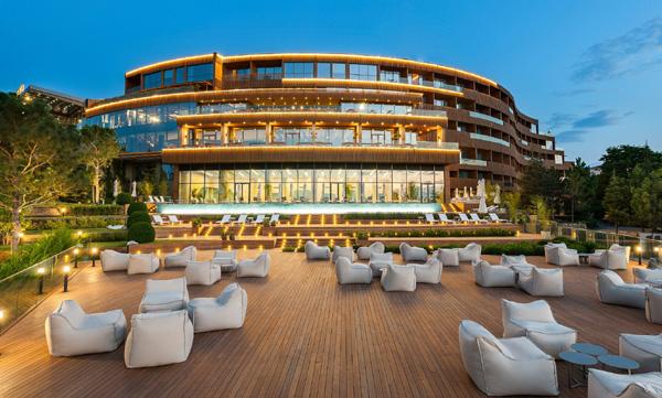 Türkiye'deki marka zincir otel sayısı 942