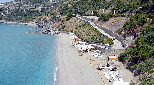 Aysultan Kadınlar Plajı'nda sezon açıldı