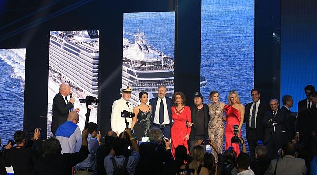 MSC Cruises gemisinin açılış kurdelesini Sophia Loren kesti