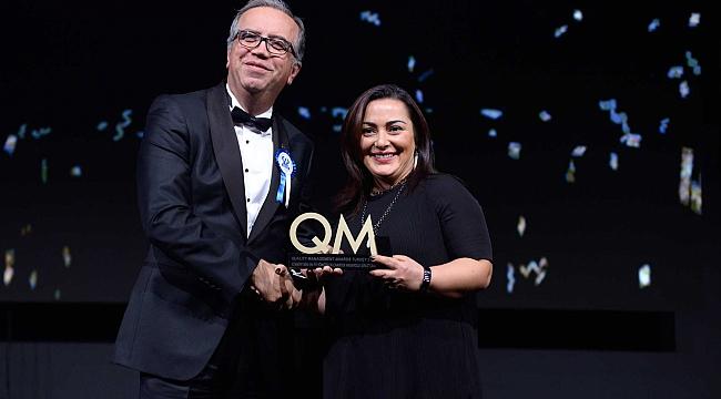 QM Awards'tan iki ödülle döndü
