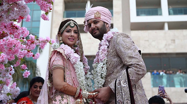 Antalya'da muhteşem Hint düğünü