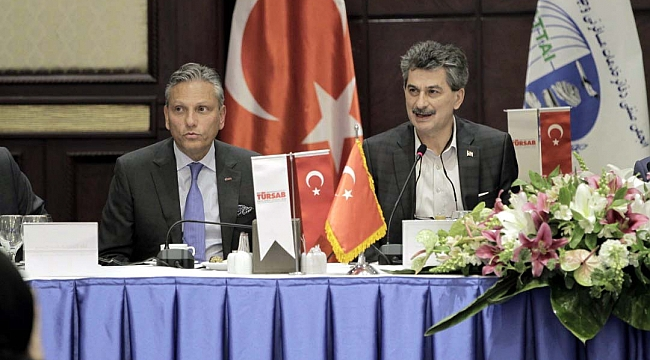 TÜRSAB İran'la turizmi geliştirmek için anlaşma imzaladı