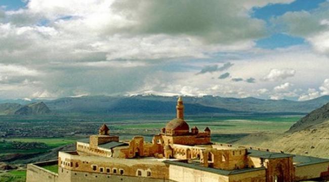 İshak Paşa Sarayı her gün ziyaret edilebilecek