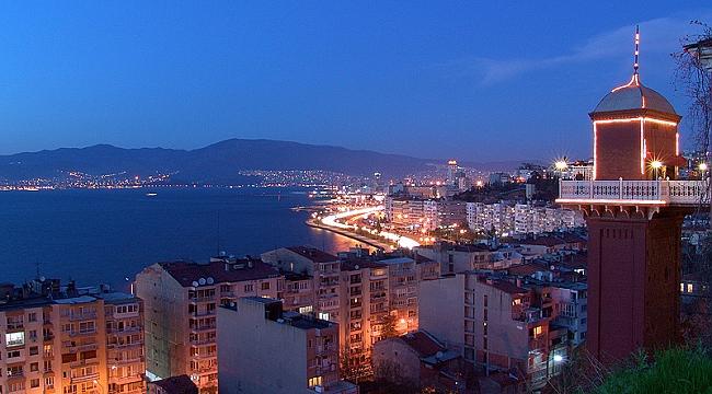 İzmir'in gözbebeği tarihi asansör