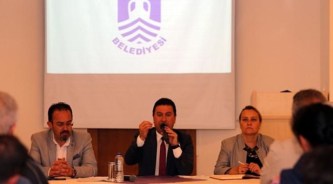 Aras, Bodrum'da 'sezonluk değil, ömürlük değişim' istedi
