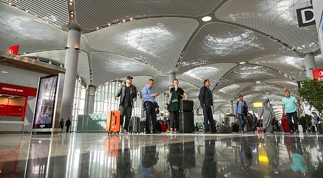 İstanbul Havalimanı'na 4 milyon yolcu ayak bastı