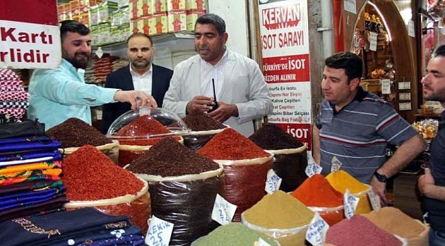 Şanlıurfa'da turistlere satış yapan esnafa sıkı denetim