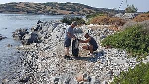 Adaboğazı Koyunda kıyı temizliği