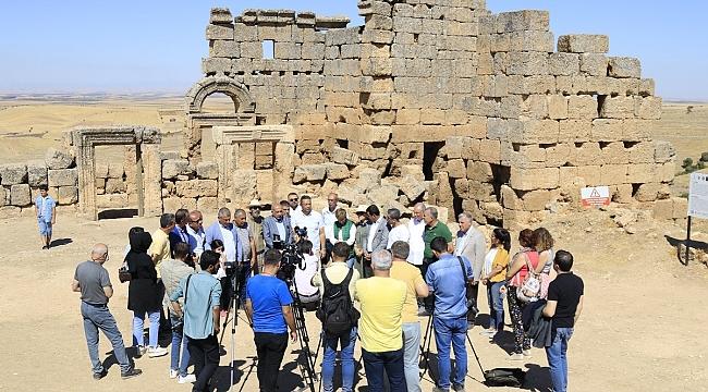 Diyarbakırlı iş adamları Zerzevan Kalesini gezdi