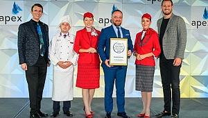 """THY  """"2020 Yılının Beş Yıldızlı Küresel Havayolu"""" seçildi"""