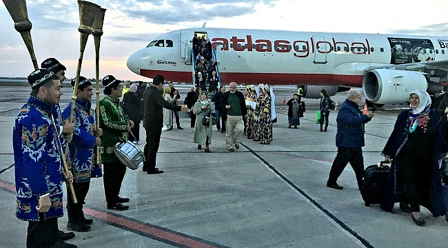 Buhara'ya Charter uçuşları başladı