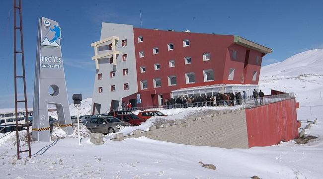 Erciyes Üniversitesi'nden kiralık otel