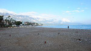 Kemer Halk Plajı genişletiliyor