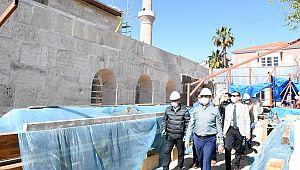 Antalya'nın sembollerinde restorasyon sürüyor