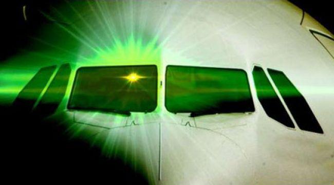 Geçen yıl 42 uçağa lazer tacizi