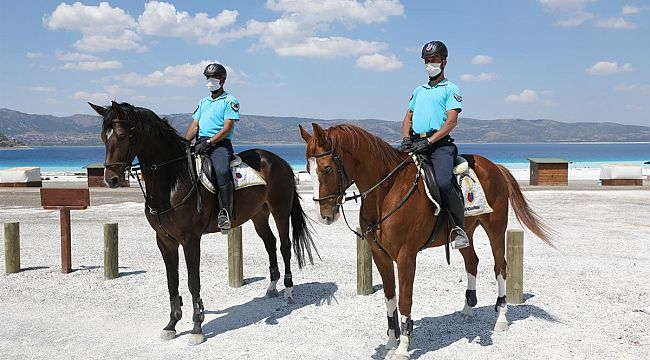 Türkiye'nin Maldivleri'ni atlı jandarma timleri koruyacak