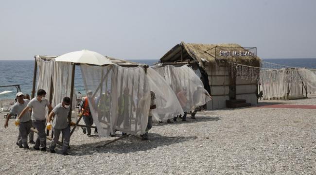 Konyaaltı Sahili'nde işgallere müdahale