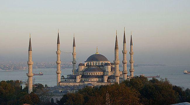 Sultanahmet Camisi'ni tur programlarına eklemeyin