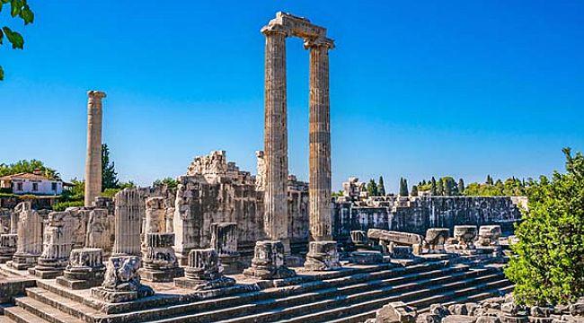 Türkiye'deki en iyi tarihi ve turistik yerleri derledi