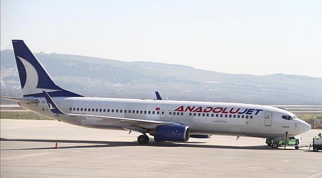 Turizm odaklı yurt dışı uçuşlarını artırıyor