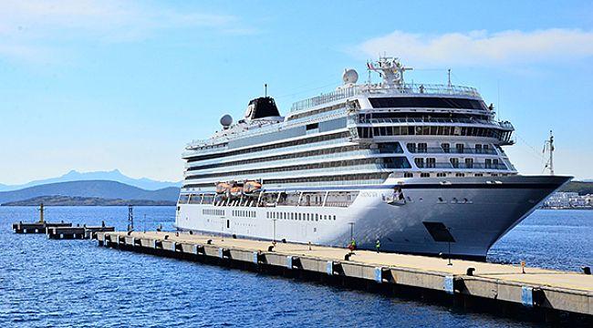 Bodrum, sezonun ilk cruise gemisini ağırladı