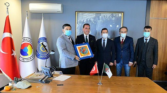 Cezayirli turistleri tatil için Bodrum'a davet etti