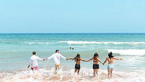 Türkiye'de 7 milyon Rus turist tatil yapabilir