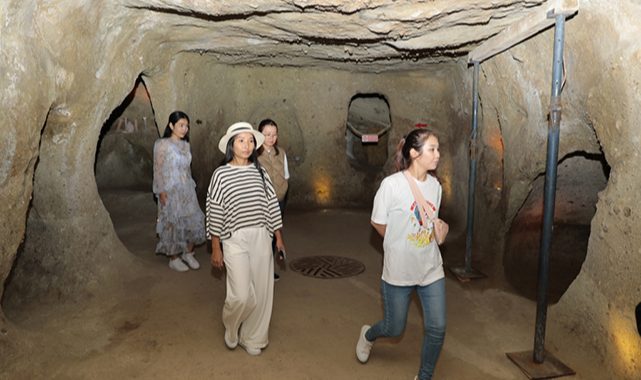 Kayaşehir'e yabancı turistlerin ilgisi sürüyor