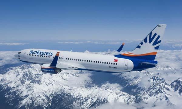 SunExpress, Türkiye'nin 1., Dünyanın 5. en iyi tatil hava yolu seçildi